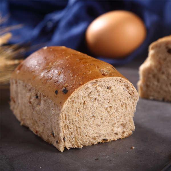 无蔗糖杂粮面包